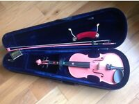 3/4 size Pink violin in excellent condition