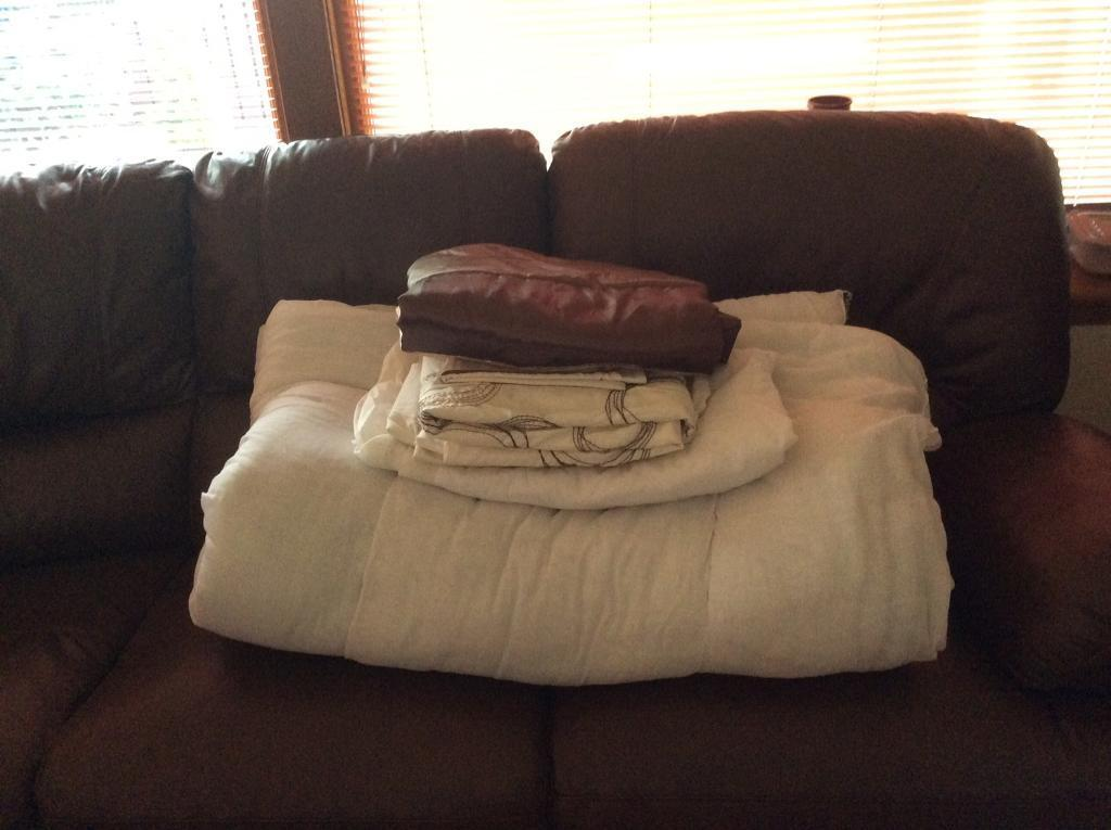 Single bedding bale