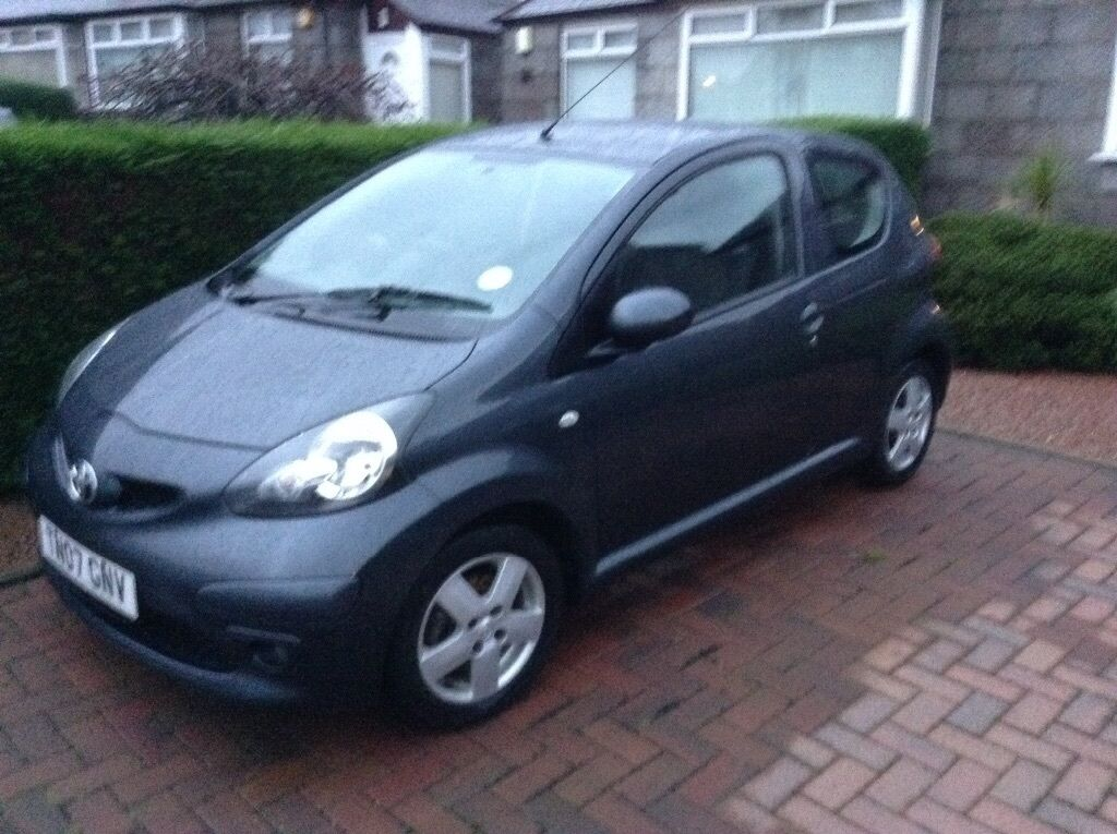 toyota aygo sport vvt i 3 door 07 vgc met grey manual. Black Bedroom Furniture Sets. Home Design Ideas