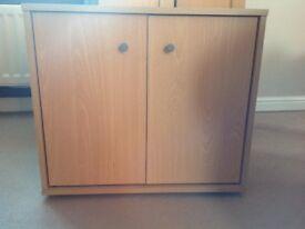 CD cabinet 60x32x52cm