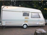 Lovely clean 2 berth caravan with shower and toilet