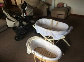 Graco three piece system, hardly used with two Moses baskets and stand,£ 70 Ono