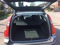 One previous owner from new,warranted low mileage,Looks and drive superb,12month mot,