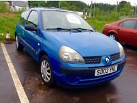 Low mileage 2003 Renault Clio 1.1 expression full year mot ideal first time car