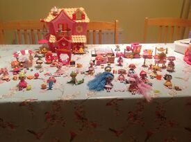 Lalaloopsy house, train and little's