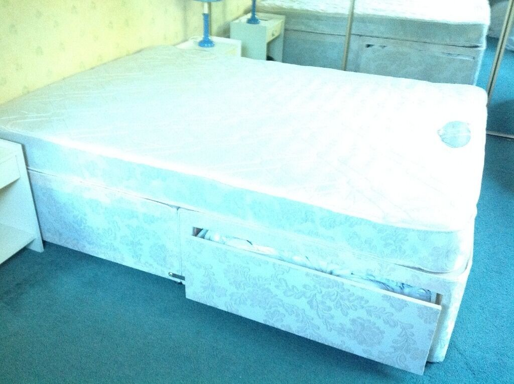 DOUBLE BED FROM A SMOKING AND PET FREE HOME