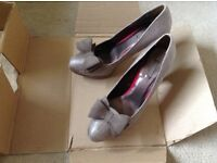 Ladies Size 7 heeled court shoes, Next. New condition.