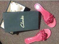Clarkes hot pink satin kitty heels slip on flower shoes, size 7