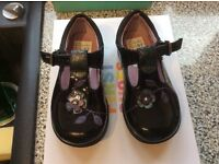 Clarks black girls shoes