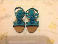 Clarks ladies leather sandals size uk6 NEW, can post