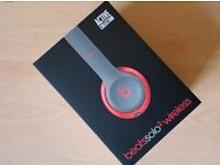 Beats Solo2 Wireless Active Collection - Siren Red