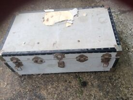 Large wooden chest, needs a lot of TLC, ideal for upcycling