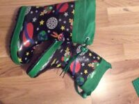 Wellies size 7 toddler