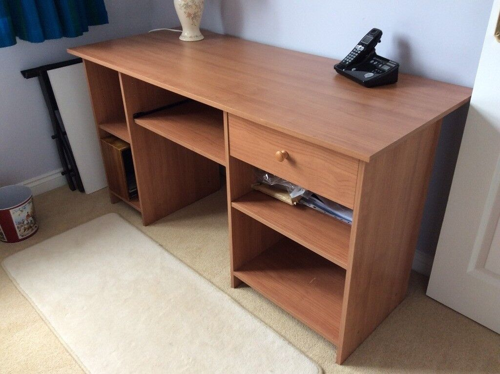 54inch Long X 24inch Wide 29 Inch High Computer Desk Free Local Delivery