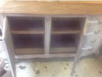 Dresser Unit with drawers