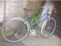 Vintage Ladies Dawes Town Bike 5 sp