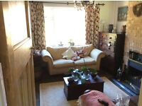 Monday to Friday Single room offered in Bramley, Guildford.