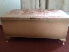Vintage Blanket Box/Linen Chest/ Ottoman
