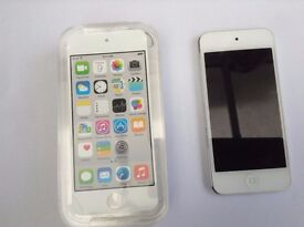 ipod Touch 5th Gen 16GB Silver
