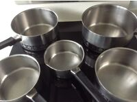set of 5 Saucepans and Steamer
