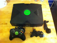 COIN-OPS XBOX original console, with Approx 500 Arcade games, all wires and pad, please read