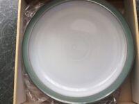 6 Denby dinner plates regency green