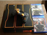 Playstation 4 COD edition with 2 COD games and 2 controllers