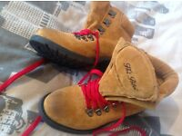 Hoi Polloi walking boots size 4 Yellow Red