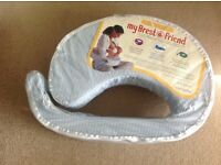 Breast Friend, feeding pillow, with washable cover