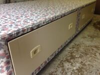 Single bed base on wheels with 2 drawers and headboard can deliver