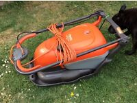 FLYMO HOVER COMPACT 330 LAWN MOWER