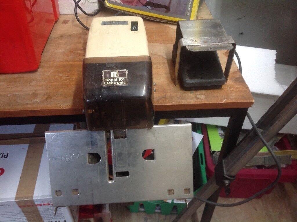 Rapid 101 electric stapler/saddlestitcher