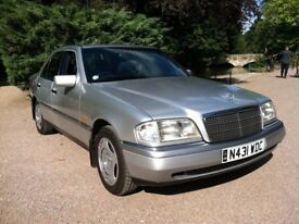 1995 MERCEDES-BENZ CLASSIC C180 AUTOMATIC **FULL MOT**OUTSTANDING CLASSIC CONDITION**
