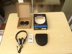 BOSE OE2 Audio Headphones with Case and Spare Set of Brand New Earpads