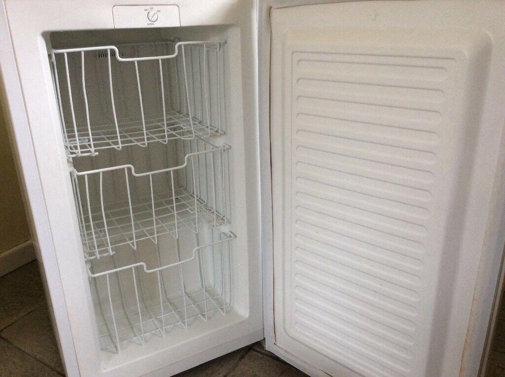 Fridgidaire Freezer (undercounter)