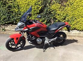RED HONDA MOTOR BIKE NC700X-AC. Immaculate condition,