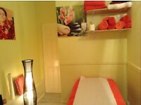 Massage Therapist and Aromatherapy in Aldgate East - E1