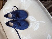 Next girls navy star lace up shoes size uk 3