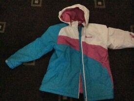Girls ski coat new