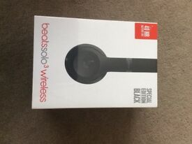 Brand new in sealed box special edition black Matt beats solo 3 wireless dr dre