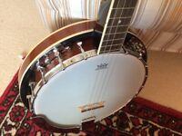 Irish Tenor Banjo Beginner Pack with Brand New Gig Bag
