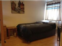A newly decorated double bedrooms in a Portsmouth flat in city centre