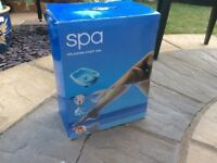 Relaxing foot spa