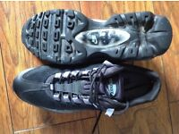Men's Nike Air Max Trainers in excellent condition, bargain !!!!