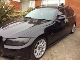 Stunning Bmw tourer for sale. Service history, two remote keys. Stunning vehicle, for its age.