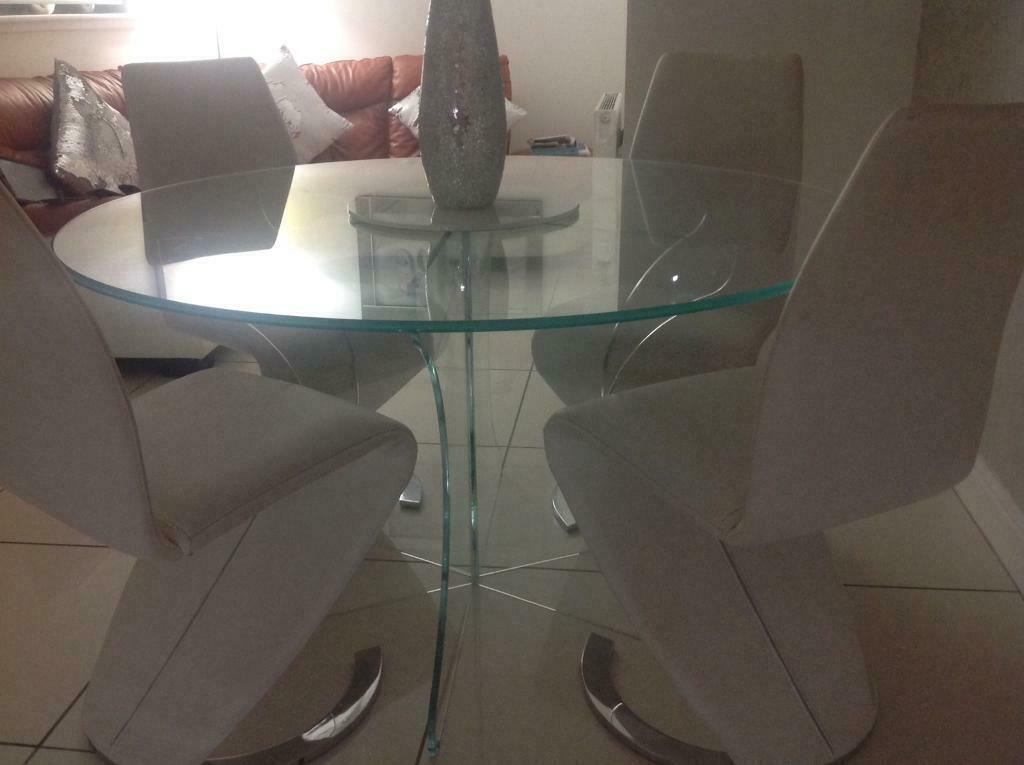 Magnificent Glass Dining Table And 4 White Leather Chairs In Cambuslang Glasgow Gumtree Download Free Architecture Designs Scobabritishbridgeorg