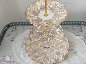 Bone China Mismatched 3 Tier Cake Stand. Gold & White.