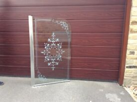 Etched glass over bath shower screen with chrome side