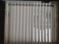 Complete Set of Vertical Window Blind