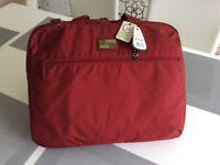 Laptop hand or shoulder bag